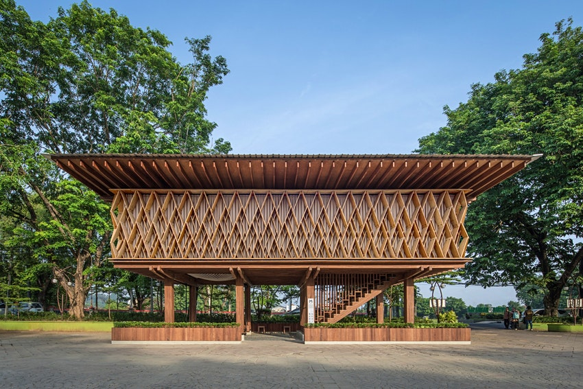 Microlibrary-Warak-Kayu-in-Indonesia