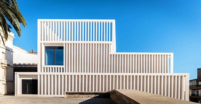 Museum-of-Contemporary-Art-Helga-de-Alvear-in-Spain